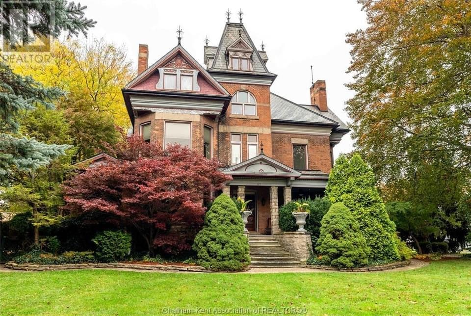 Helpful Tips in Finding a House for Sale